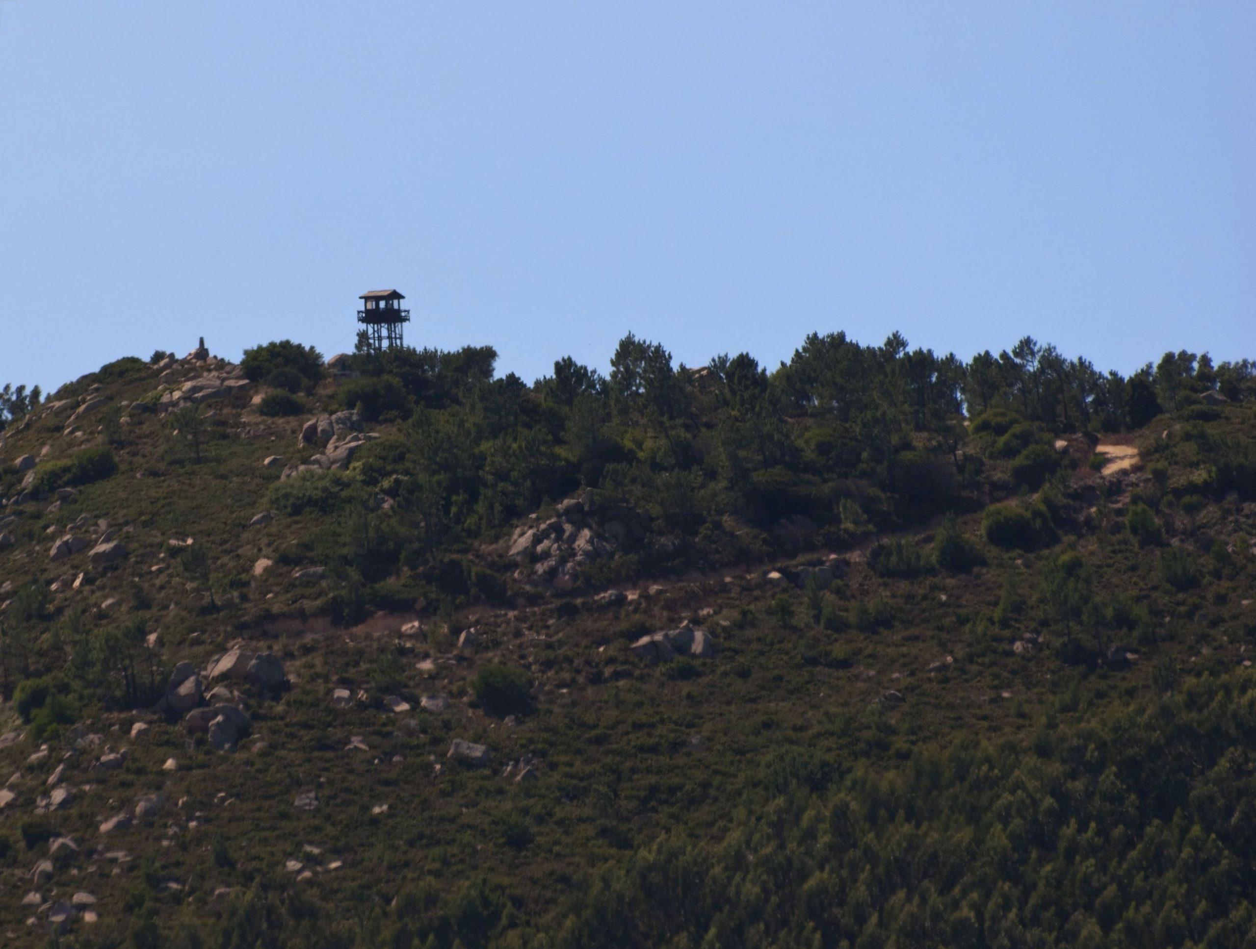 Marco Geodégico e Torre da Pedra Amarela