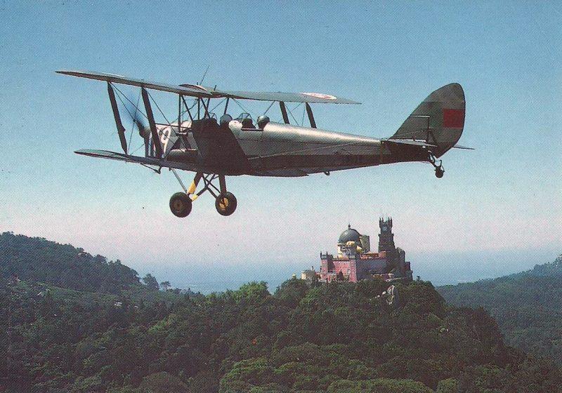 Palácio da Pena e Tiger Moth