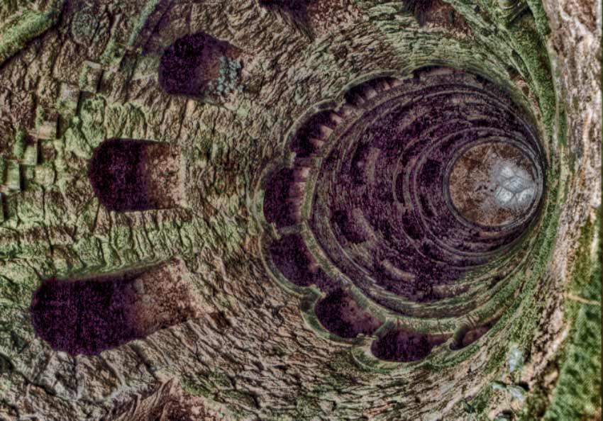 Torre invertida da Quinta da Regaleira quinta da regaleira