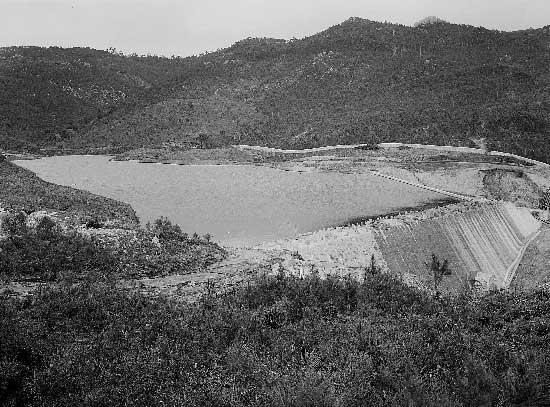 Barragem do Rio da Mula em 1936 02 . Barragem do Rio da Mula