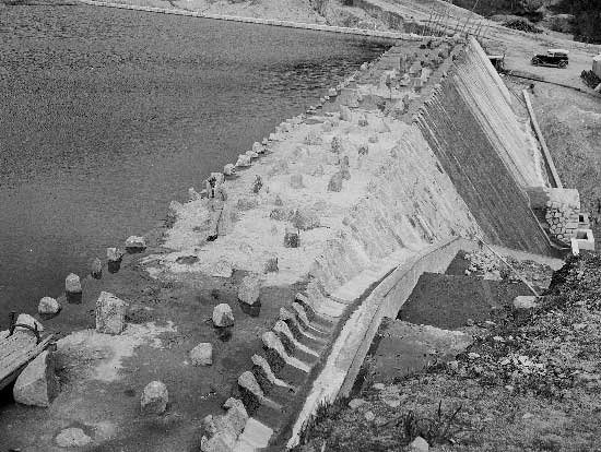 Barragem do Rio da Mula em 1936 02. Barragem do Rio da Mula