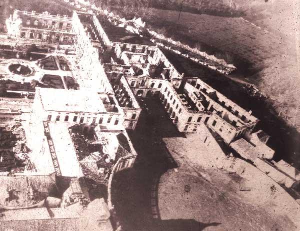 Incendio no palacio de Queluz Incêndios na Serra de Sintra