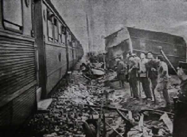 estado em que ficou as locomotivas 2 Acidente Comboio em Sintra