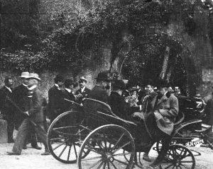 O imperador no parque da Pena Visitas Reais a Sintra